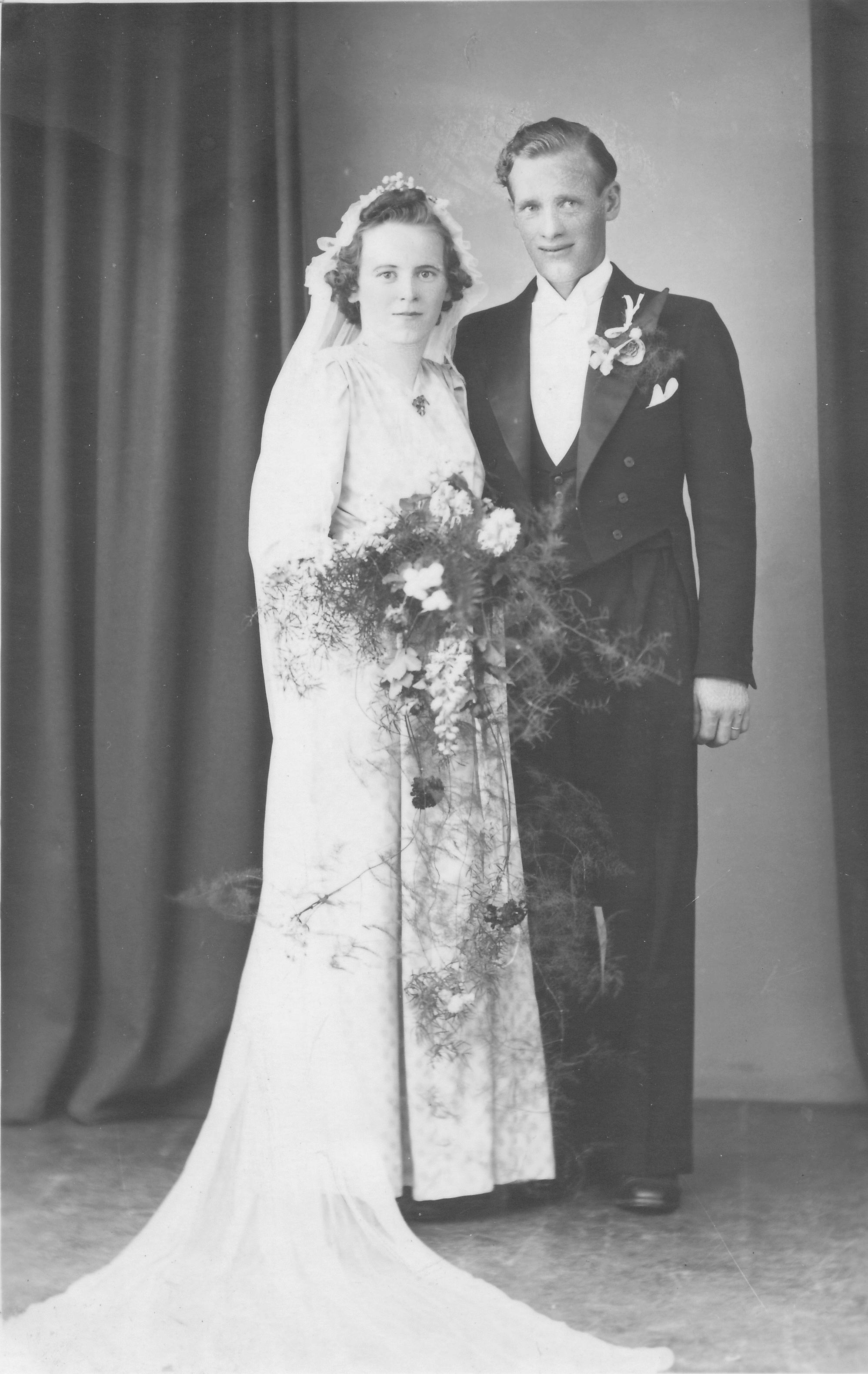 eva-norin-emil-spring-bröllop-juni-1943