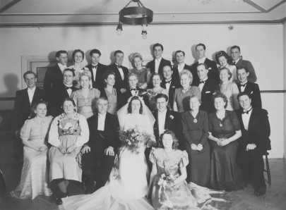 rut-och-folke-bröllop-gruppbild